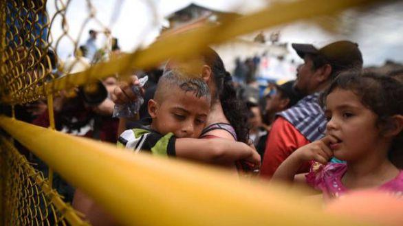 EE.UU. expulsa a niños migrantes a México pero Trump define las relaciones como