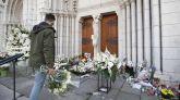 Imagen de archivo del memorial en la basílica de Niza donde tres personas fueron degolladas esta semana.