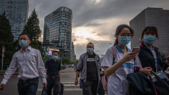 Las exportaciones chinas resisten la crisis mundial