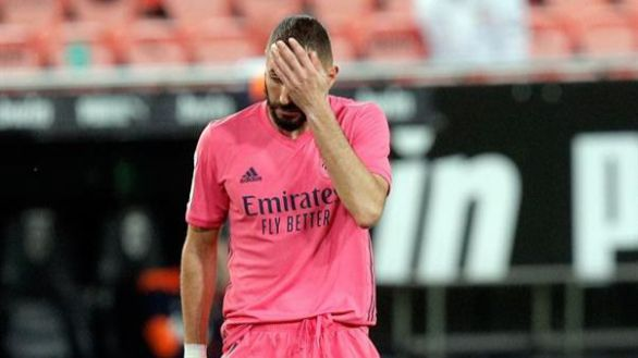 Pesadilla de VAR para el Real Madrid en Mestalla |4-1