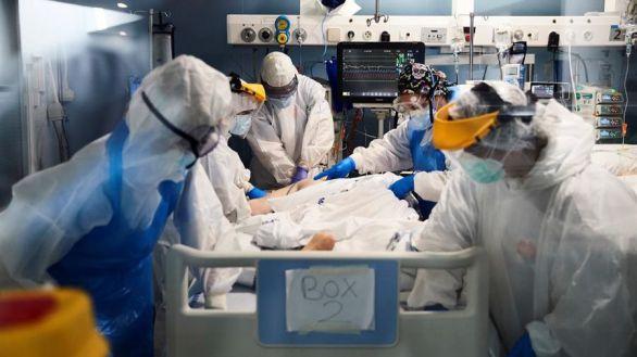 Los pacientes con fiebre, tos, disnea, vómitos y diarrea tienen peor pronóstico