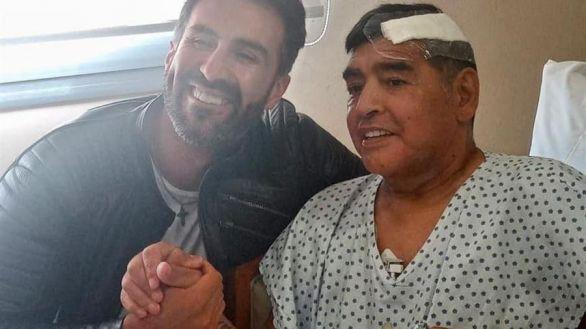 Maradona recibe el alta y seguirá su recuperación en casa