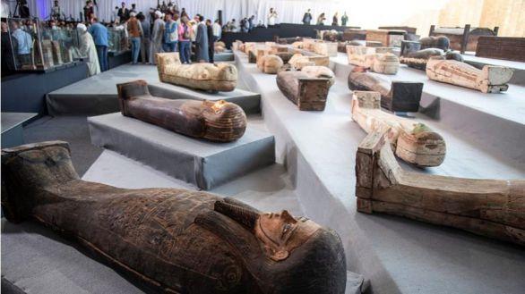 Gran hallazgo en Sakkara: descubiertos 100 sarcófagos en excelente estado