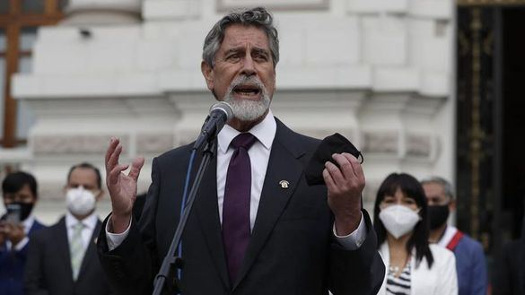 Francisco Sagasti, elegido nuevo presidente interino de Perú