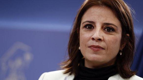 Lastra zanja las críticas de los históricos del PSOE: