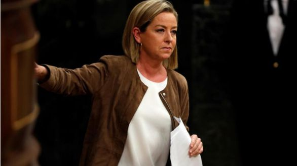 Ana Oramas acusa a Iglesias de azuzar la crisis migratoria en Canarias
