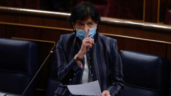 La ministra de Educación, Isabel Celaá, este jueves en el Congreso.