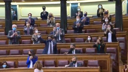 Aprobada la ley que elimina el español de las aulas y vapulea la concertada