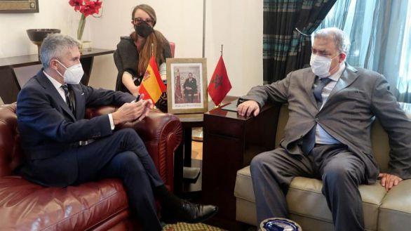 El ministro del Interior, Fernando Grande-Marlaska, con su homólogo marroquí, Abdelouafi Laftit, este viernes en Rabat.