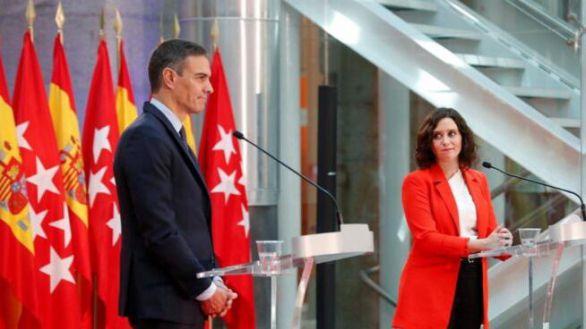 La presidenta de la Comunidad de Madrid, Isabel Díaz Ayuso, junto al presidente del Gobierno, Pedro Sánchez, el pasado 21 de septiembre.