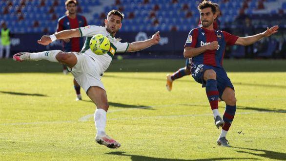 Levante y Elche firman tablas balón parado mediante |1-1