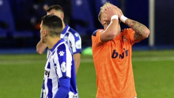 El Valencia roza la remontada en Mendizorroza |2-2