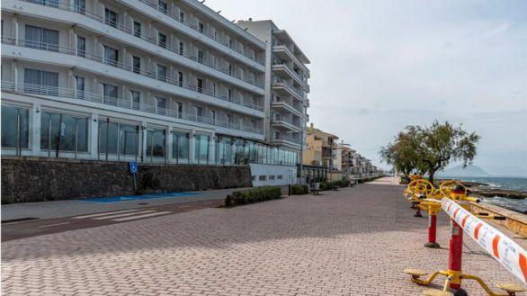 Las pernoctaciones en hoteles descienden un 83,3% en octubre