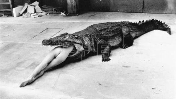 Luces y sombras de Helmut Newton: el fotógrafo del erotismo acusado de misógino