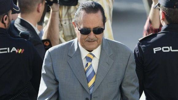 Julián Muñoz acepta seis meses de prisión por fraude y prevaricación