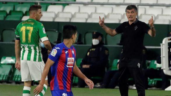 El Eibar le saca los colores a un nefasto Betis | 0-2