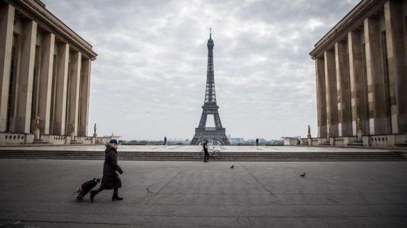 La Torre Eiffel reabre por Navidad tras la caída en picado de su venta de entradas