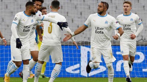 El Marsella remonta al Olympiakos para soñar con la Liga Europa |2-1