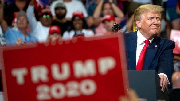 Trump agita el fantasma del fraude electoral durante 45 minutos de vídeo