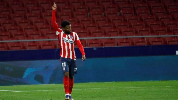 El Atlético supera al Valladolid y mantiene sus aspiraciones | 2-0
