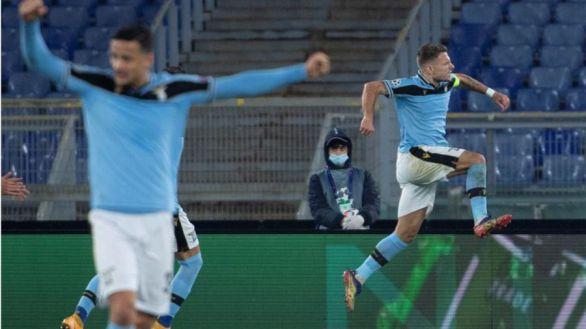 La Lazio, a octavos con el susto en el cuerpo |2-2