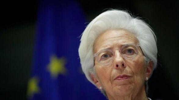 El Banco Central Europeo amplía las compras de deuda en 500.000 millones de euros