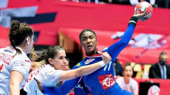 Europeo femenino. Francia apea a España de la lucha por las medallas | 26-25