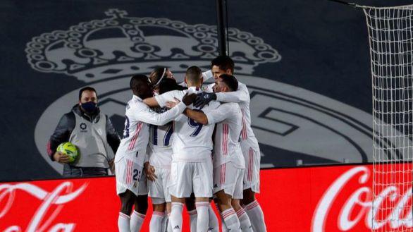 El renacido Real Madrid apoca al Atlético y amenaza al resto   2-0