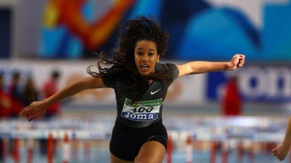 María Vicente bate el récord sub-20 de 60 metros vallas pero no es homologable