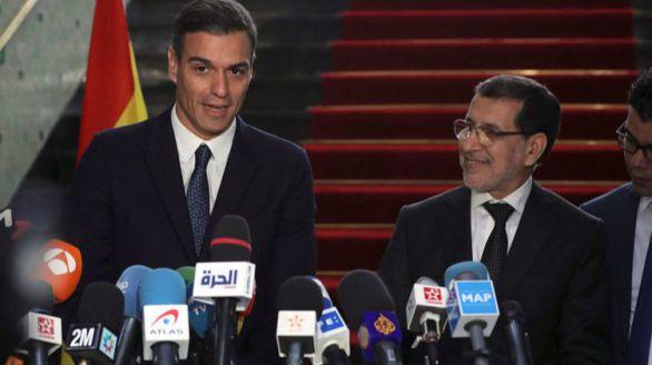 El presidente del Gobierno, Pedro Sánchez, y su homólogo marroquí, Saadedin Otmani.