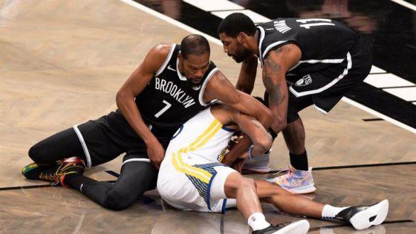 NBA. Kevin Durant inaugura el curso dando una paliza a los Warriors