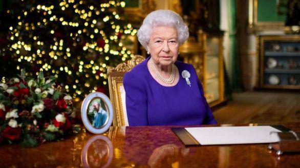 Isabel II y el duque de Edimburgo ya se han vacunado