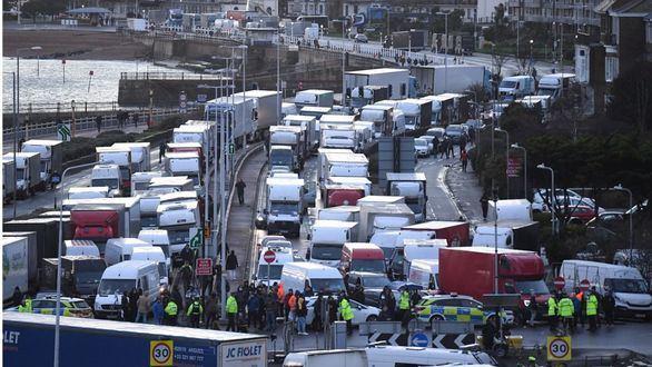 Los camioneros españoles atrapados en la