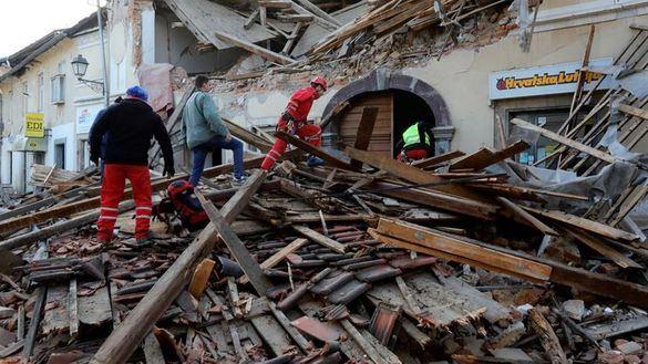 Un fuerte terremoto en Croacia causa siete muertos y decenas de heridos