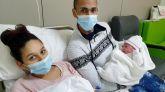 Yinara, una niña catalana, y Adam,un niño de Albacete, primeros bebés de 2021