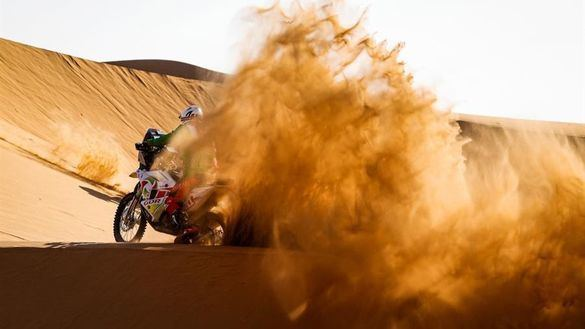 Rally Dakar. Joan Barreda renace y ya lidera la categoría de motos