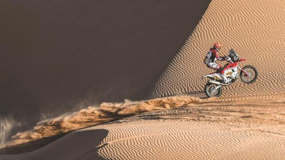 Rally Dakar. Mal día para Sainz tras ceder 31 minutos por equivocarse de ruta