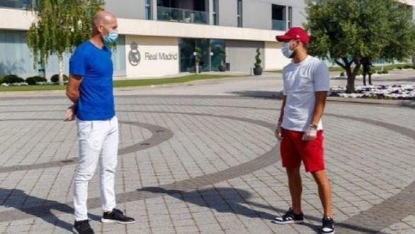 Zidane, aislado tras haber tenido contacto con un contagiado de Covid
