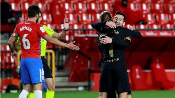 El Barcelona se impulsa en la polémica para golear en Granada | 0-4