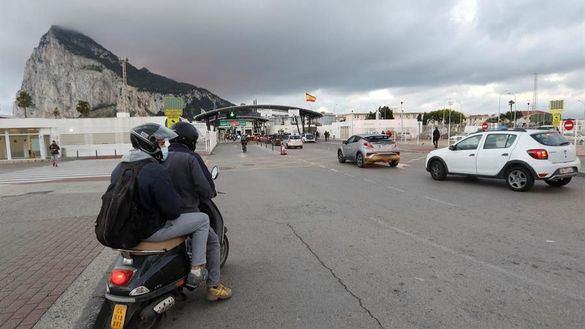 España y Reino Unido prevén demoler la verja de Gibraltar y tener un sistema de doble llave