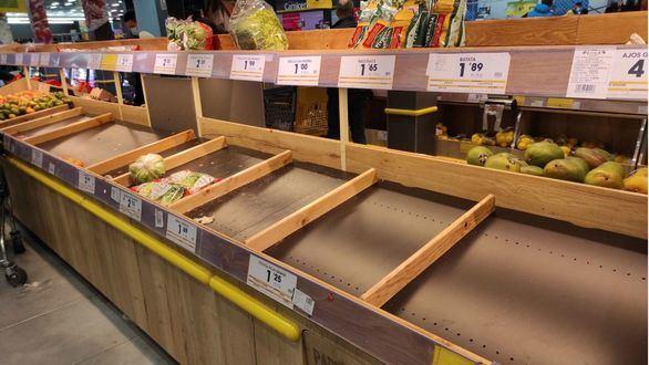 Vuelve la psicosis: acopio de pan, carne y verdura en los supermercados de Madrid