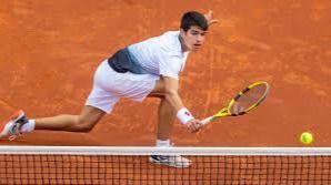 Abierto de Australia. Alcaraz, el 'heredero' de Nadal, accede a su primer Grand Slam con 17 años