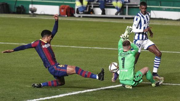 Supercopa. El Barcelona sufre el reto de la Real Sociedad pero es finalista   1-1