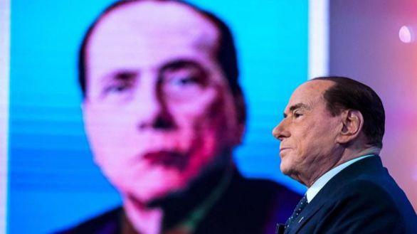 Berlusconi, de nuevo ingresado en el hospital