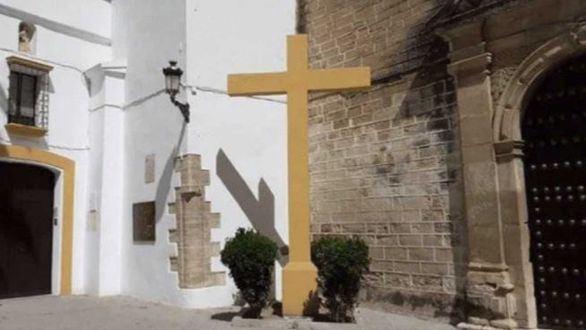 Vox pedirá explicaciones a Calvo por el derribo de la Cruz de las Descalzas en Córdoba