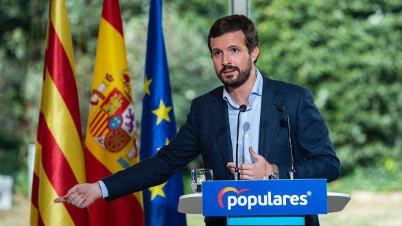 Casado reprocha a Sánchez que 'gestione para el candidato Illa en lugar del bien común'