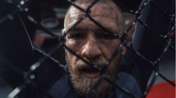 UFC 257. Shock: Dustin Poirier noquea a Conor McGregor con Khabib mirando