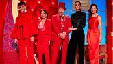 Maestros de la costura reabre el taller con guiño a la moda catalana y a Moulin Rouge