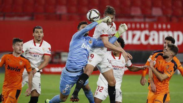 Copa del Rey. El Sevilla luce y el Almería apea al Osasuna
