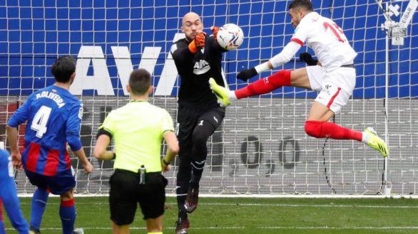 El Sevilla mantiene en Eibar su ritmo de victorias |0-2